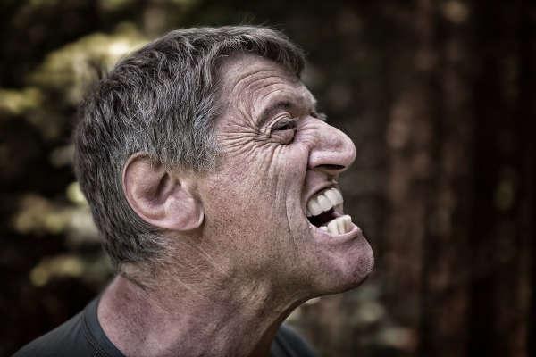 esfuerzo vocal nodulos polipos